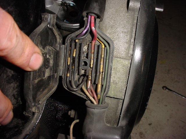 vespa battery fuse box diagram 1979 vespa px200 fuse box modern vespa : how do i route a wire from battery to headset?